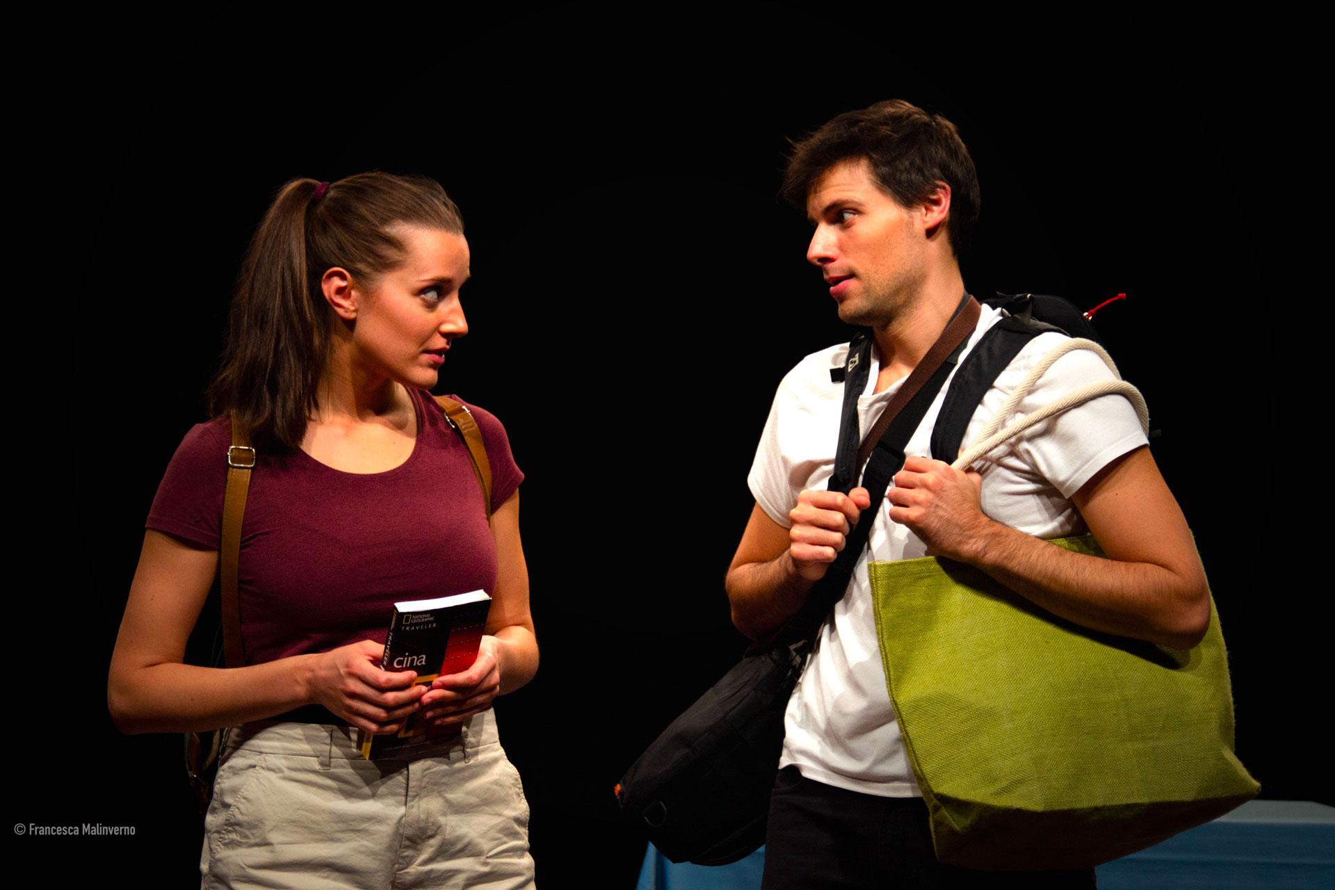 Dittico Elalù in scena durante una delle repliche a teatro dello spettacolo Senza Zuccheri Aggiunti